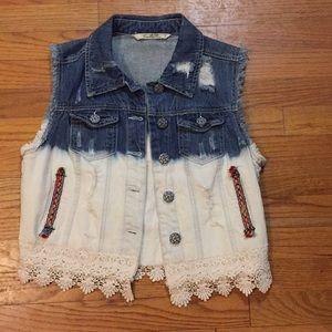 Blue denim cutoff jacket with lace